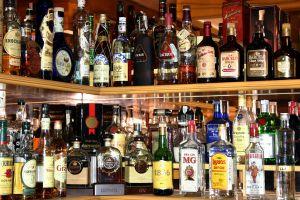 Existen muchas marcas y variedades de whiskies