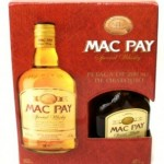 Combo whisky Mac Pay de litro con petaca de 200 mL